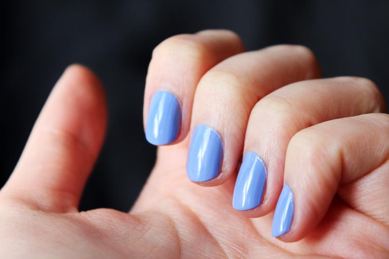 Vernis à ongles Avril Bleu Layette n°58 - Juliette blog féminin