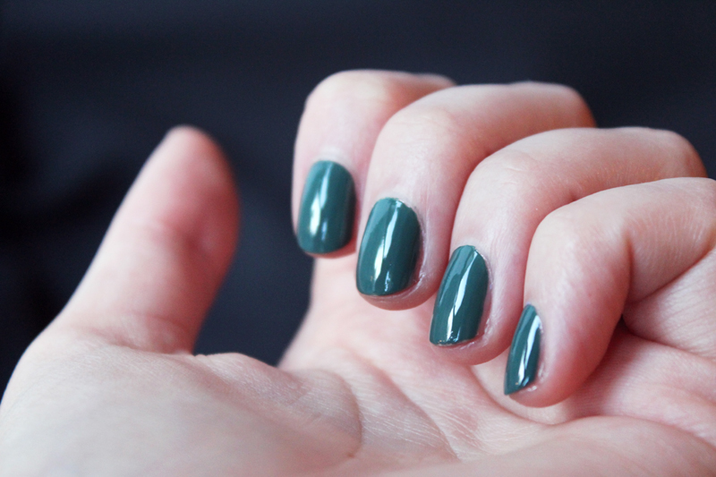 Vernis à ongles Avril Vert Empire n°89 - Juliette blog féminin