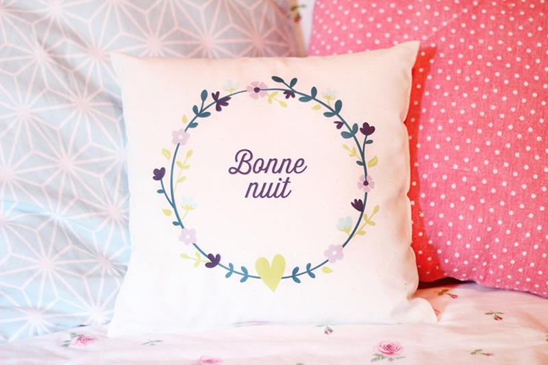 Coussin à fleurs Pixum - Juliette blog féminin