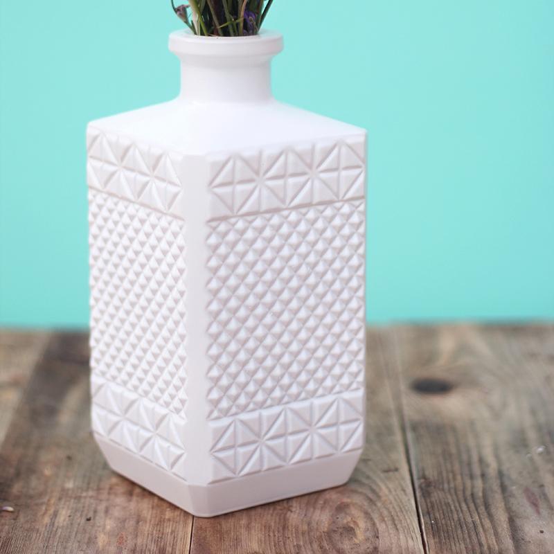 DIY peindre des verres à motifs géométriques - Juliette blog féminin